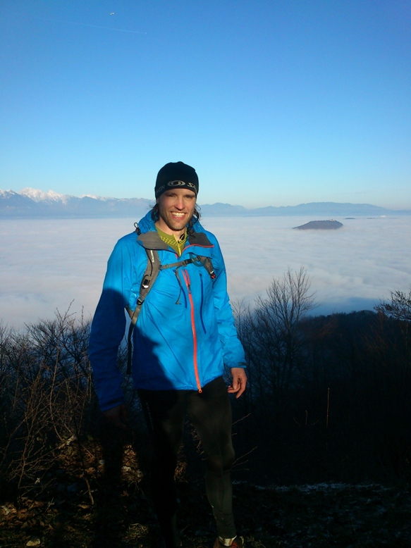 Jeterbenk v ozadju Šmarna gora