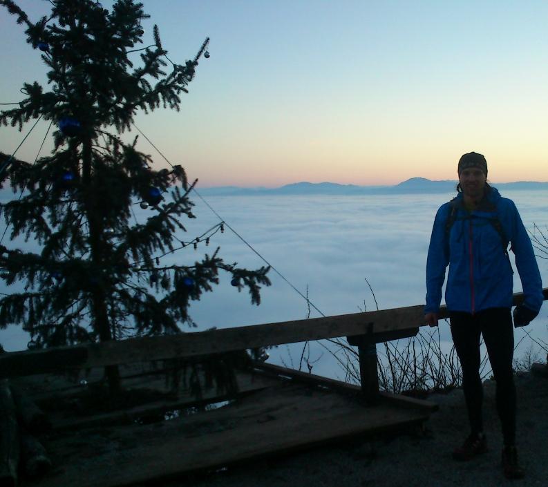 Šmarna gora v ozadju Krim
